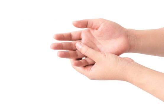 بیماری کین باخ یا نکروز استخوان لونیت