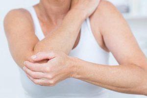 آسیب مفصل آرنج